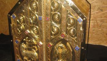 gerestaureerd tabernakel Sint Lambertuskerk Beersel 025.JPG